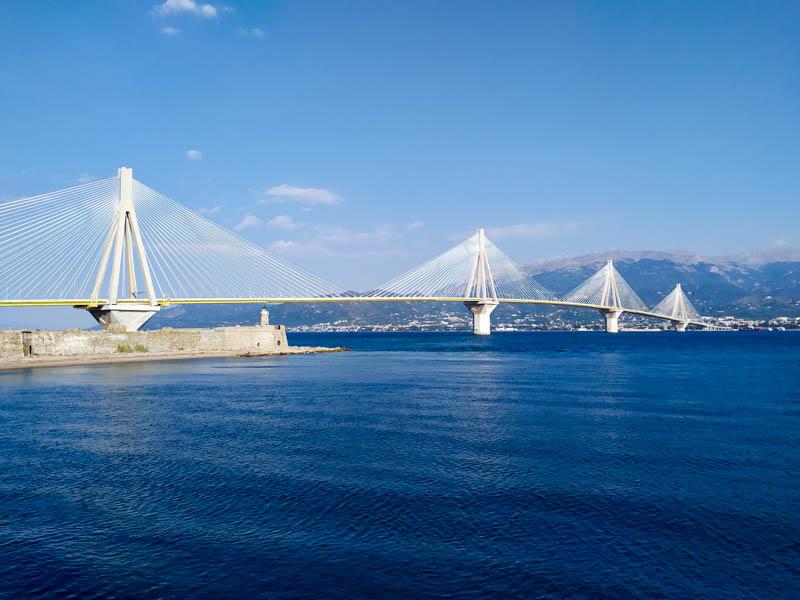 Η γέφυρα Ρίο-Αντίριο